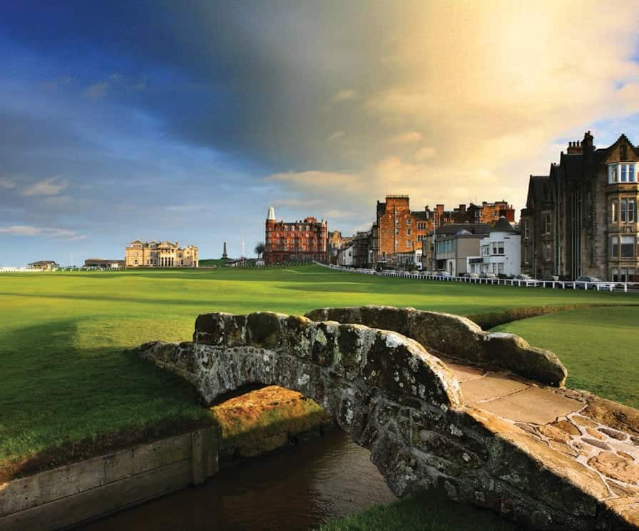 9 The Links offers old course golf accommodation